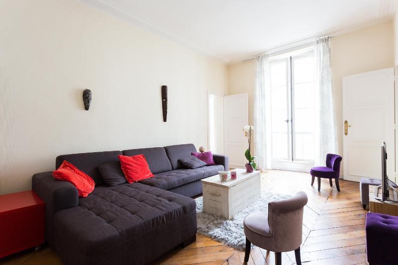 onefinestay - Rue du Bouloi private home - Image 1 - Paris - rentals