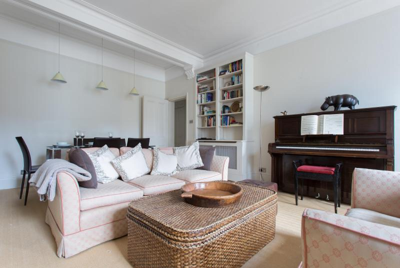 onefinestay - Southwell Gardens  private home - Image 1 - London - rentals