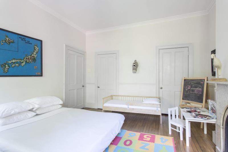 One Fine Stay - Dean Street apartment - Image 1 - Brooklyn - rentals