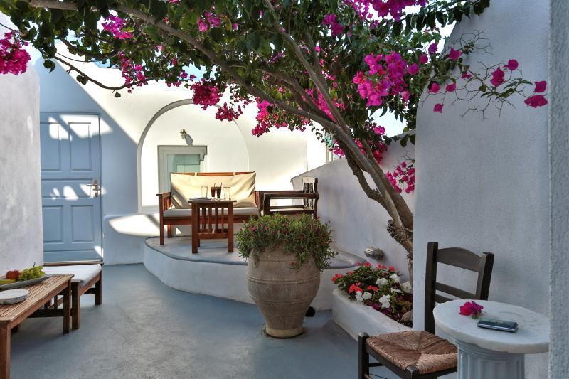 Santorini Villa in Greek Village of Imerovigli - Villa Thalia - Image 1 - Imerovigli - rentals