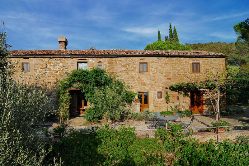 Large Stone Farmhouse in the Hills Near Cortona - Villa Eleonora - Image 1 - Cortona - rentals