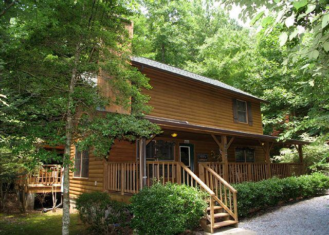 Welcome to Alone at Last - Alone at Last  Jacuzzi  Pool Table  Flat Panel TV  Hot Tub Free Nights - Gatlinburg - rentals