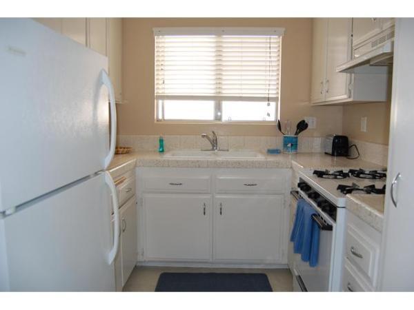i079506 p - 2112 Balboa Ave. #8 - San Diego - rentals