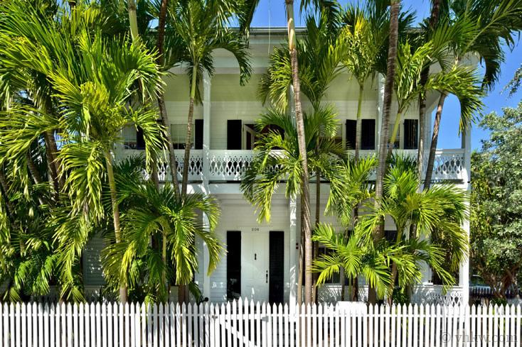 Bella Grand Premier ~ Monthly Rental - Image 1 - Key West - rentals