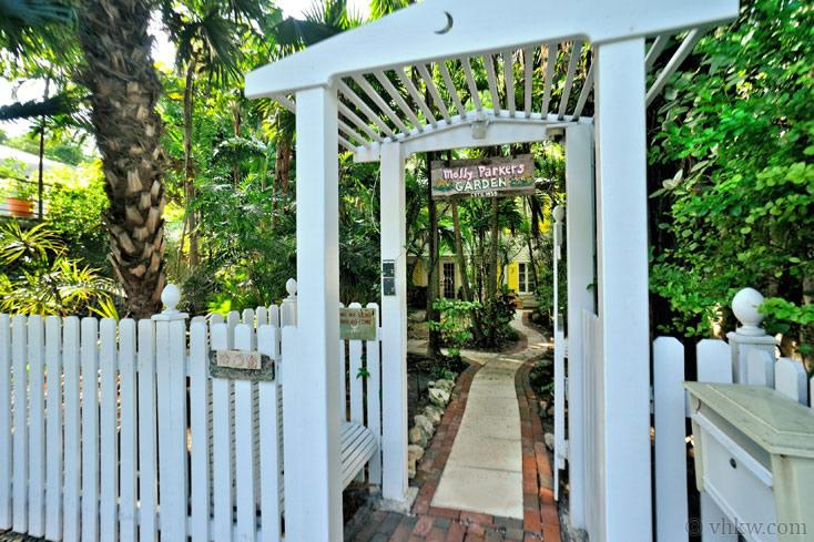 Elegant Key West Tree House ~ Monthly Rental - Image 1 - Key West - rentals