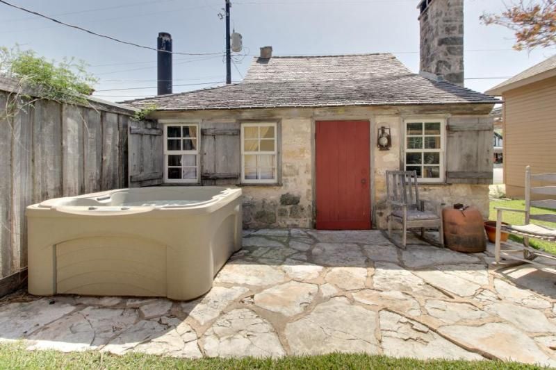 Dog-friendly, historic cabin with private hot tub & rustic charm! - Image 1 - Fredericksburg - rentals
