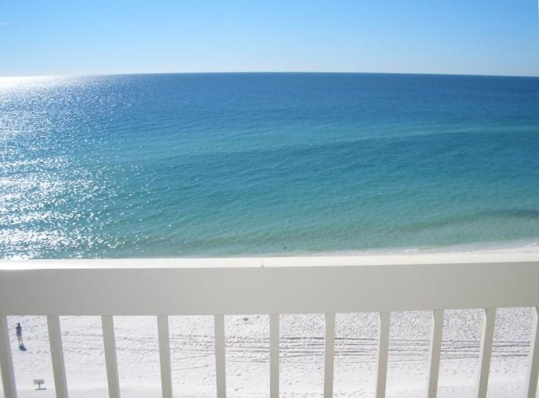 Your amazing beachfront view from your own private balcony on the 7th floor. - Beautiful Destin Beachfront Condo Overlooking Gulf - Destin - rentals