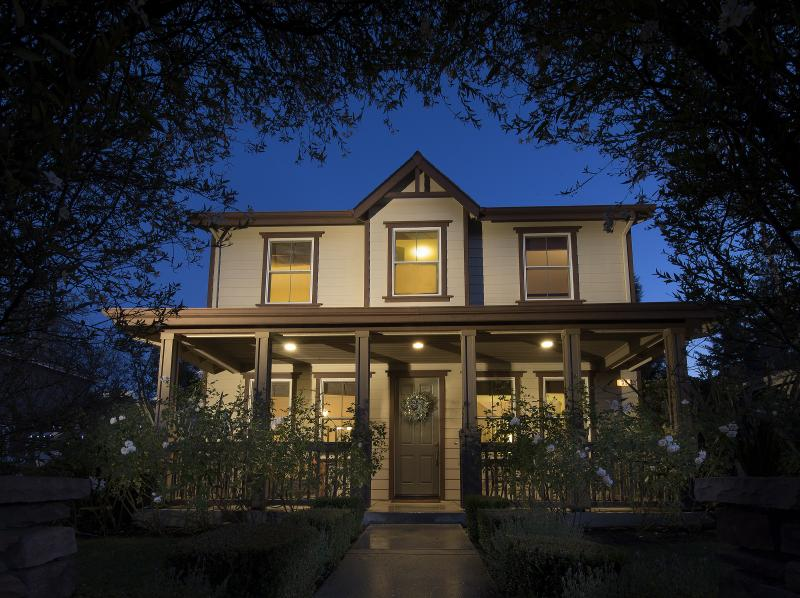 Front Exterior with Covered Porch - Wine Country Home in the Heart of Napa Valley - Napa - rentals