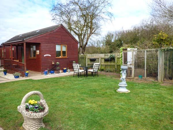 THE YORKSHIREMAN, close to the coast, lawned garden, WiFi, Patrington Haven, Ref 933547 - Image 1 - Patrington Haven - rentals