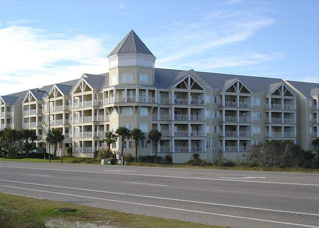 Road side view of Grand Caribbean - 2 Bedroom 2 bath family complex, convenience in Orange Beach - Orange Beach - rentals