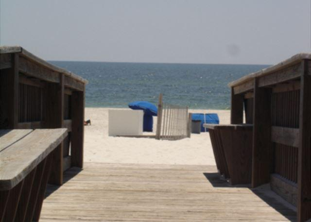 Boardwalk to the beach - 2 Bedroom 2 bath beach side complex - Orange Beach - rentals