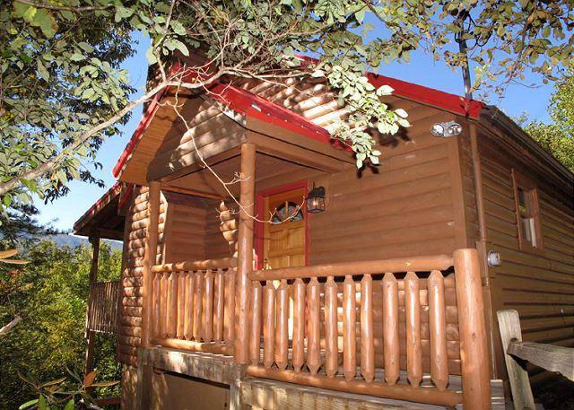 Adorable Entryway - Majestic View   Private Jetted Tub Mtn Views Hot Tub WiFi  Free Nights - Gatlinburg - rentals