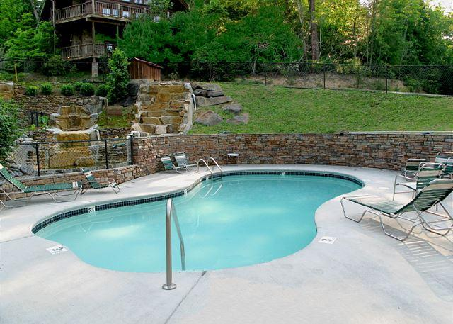 Mountain Haven   Arts & Crafts Community  Arcade  Hot Tub  Free Nights - Image 1 - Gatlinburg - rentals
