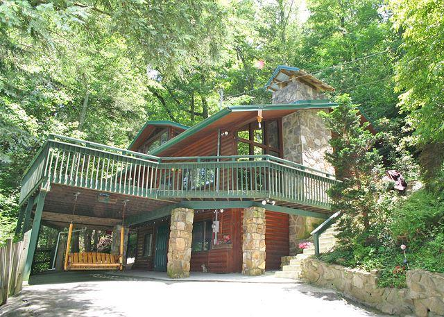 You finally made it, come on in - Almost Heaven   Pool Table Hot Tub Jacuzzi Secluded WiFi   Free Nights - Gatlinburg - rentals