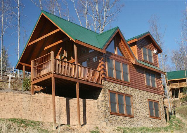Welcome to Above It All - Above it All  Great Views  Hot Tub  Pool Access  Internet  Free Nights - Gatlinburg - rentals