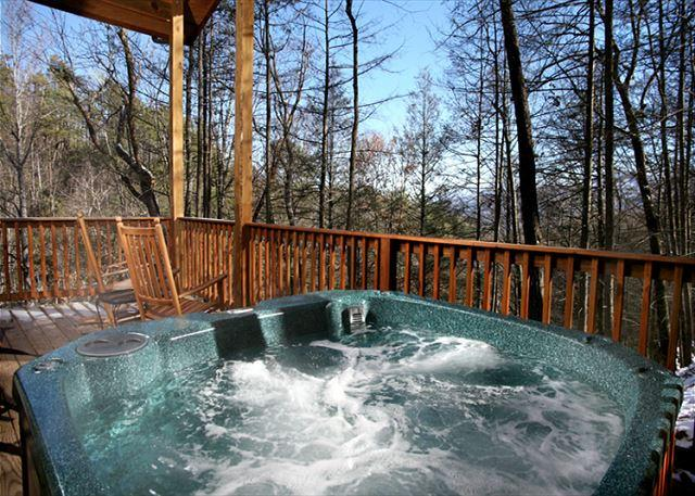 Engendered Elegance  - Great Expectations  Pets Pool Table 2 Hot Tubs Pool Access Free Nights - Gatlinburg - rentals