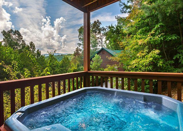 Moments to remember - Americana  View Privacy King Beds Pool Access Hot Tub Wii  Free Nights - Gatlinburg - rentals