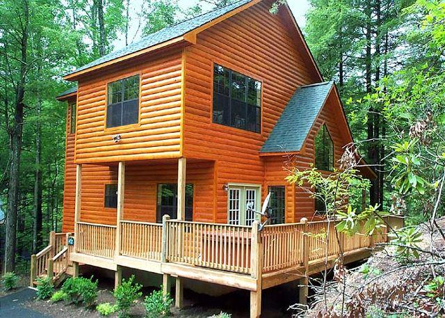 You have arrived - Chipmunk Chase   Hot Tub  Pool Table  Gas Fireplace  WiFi  Free Nights - Gatlinburg - rentals
