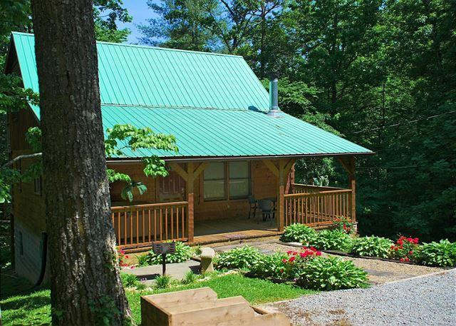 Welcome to Nature's Hideaway - Nature's Hideaway   Privacy  Hot Tub  Gaming  Jetted Tub   Free Nights - Gatlinburg - rentals