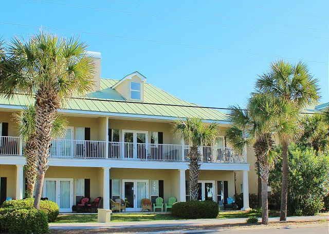Caribbean Dunes 121, just across the street from the Beach! - Image 1 - Destin - rentals