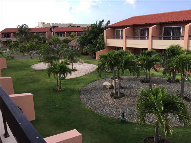 2 bedroom townhouse just a short walk to Eagle beach - Image 1 - Aruba - rentals