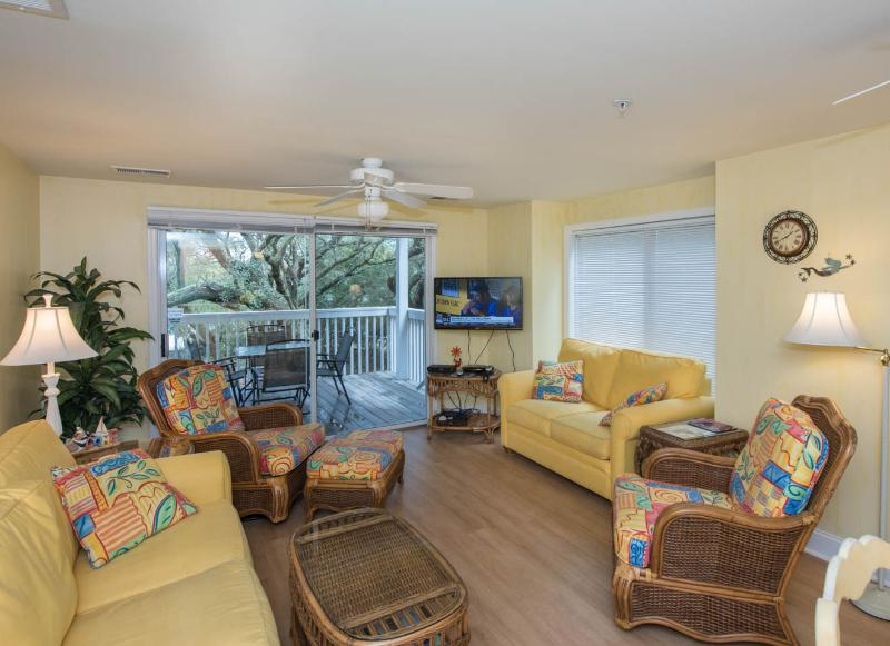 3 bedroom poolside  condo on Kure Beach - Image 1 - Kure Beach - rentals