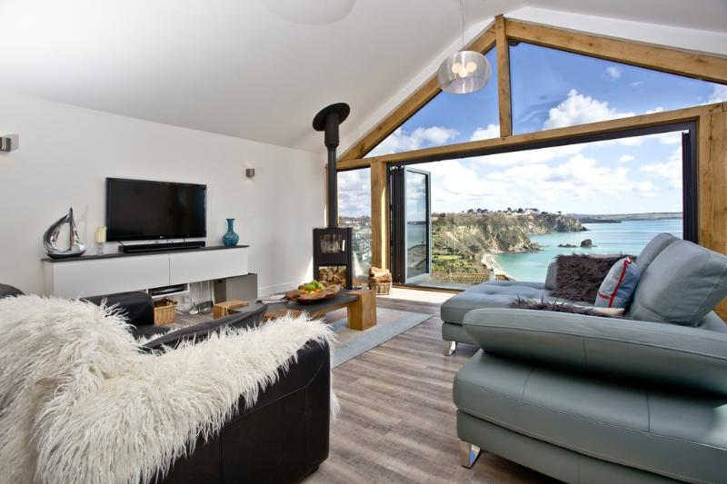 Seaways located in St Austell, Cornwall - Image 1 - Saint Austell - rentals