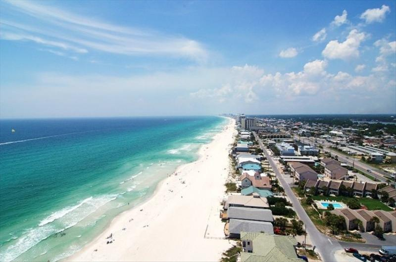 Unobstructed views westward of the beach from this 20th fl walk-around balcony - Surrond balcony, beachfront, no booking fees. - Panama City Beach - rentals
