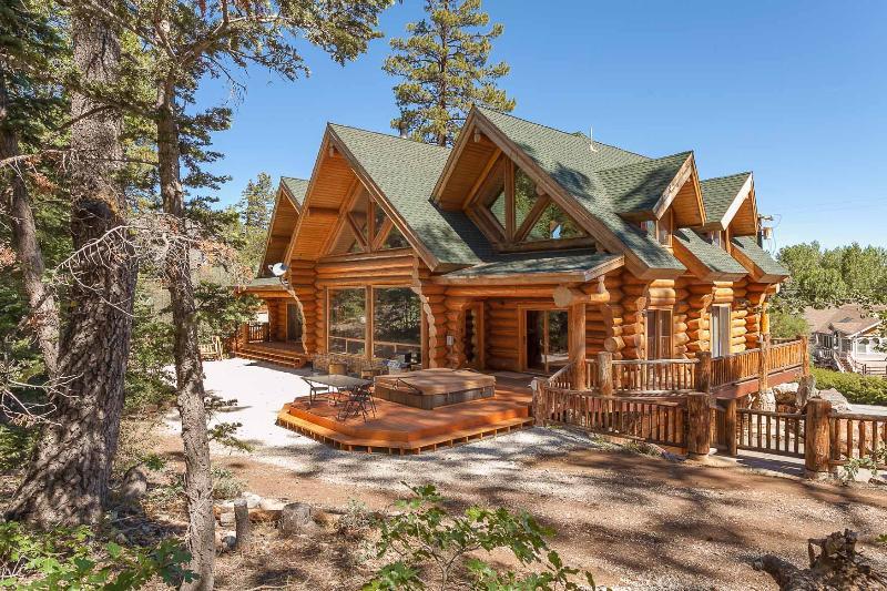 GORGEOUS SHASTA PINES LOG ESTATE! NEW SPA! - Image 1 - Big Bear Lake - rentals