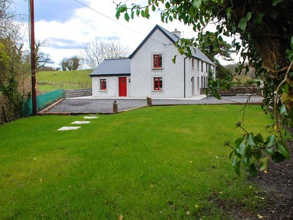 BRAMBLE COTTAGE, end-terrace, solid fuel stove, garden, nr Foxford, Ref 935417 - Image 1 - Foxford - rentals