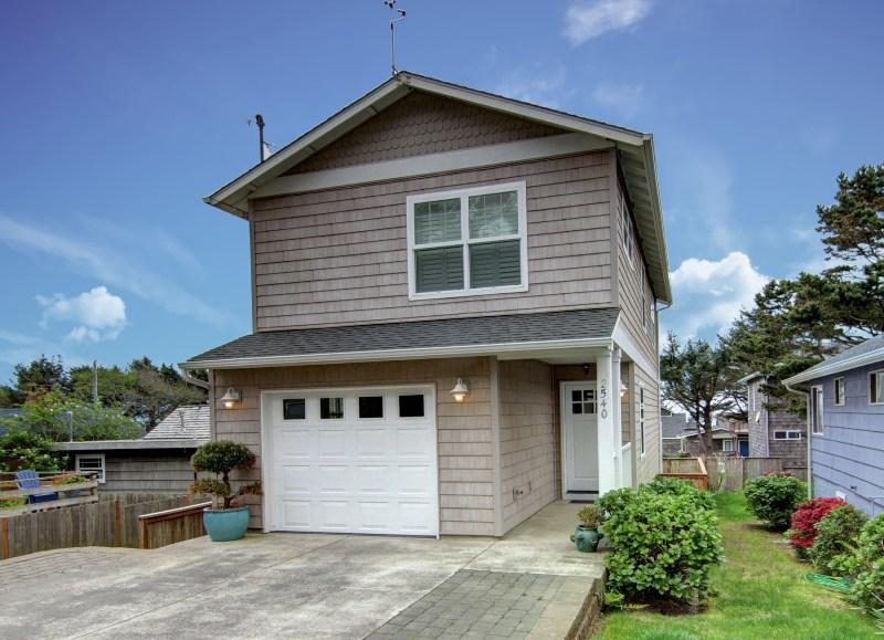Coastal Cottage  - Coastal Cottage - Cannon Beach - rentals