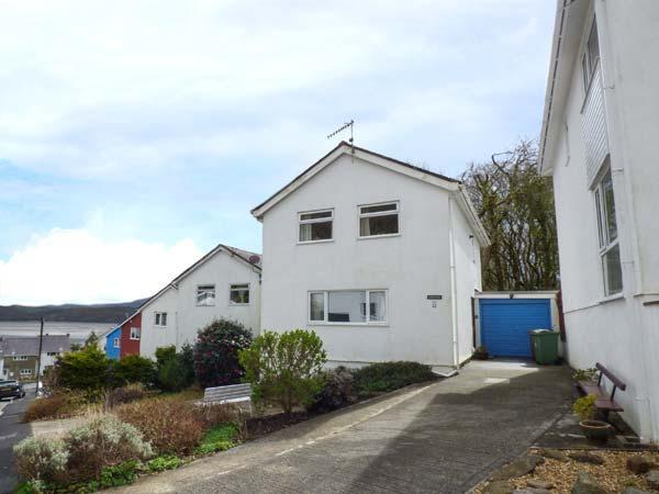 GWELFA detached, views, seaside location, WiFi in Borth-y-Gest Ref 934822 - Image 1 - Borth-y-Gest - rentals