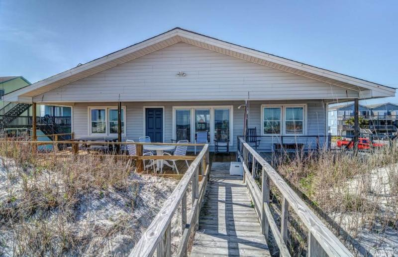 LANCASTER COTTAGE - Image 1 - Topsail Beach - rentals