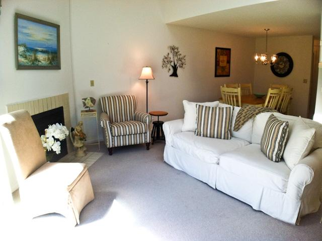 Living area - Ocean Edge -Billlington - 2 A/C's, Wi-Fi & Pool Passes (fees apply) - BI0603 - Brewster - rentals