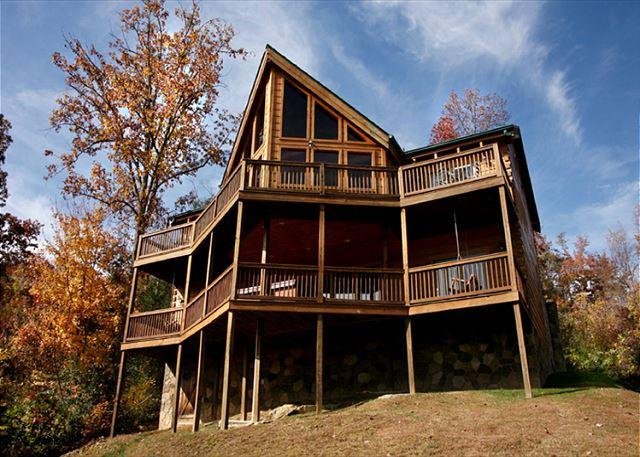 Welcome to Appalachian Lodge - Appalachian Lodge  Stunning View Privacy Hot Tub Pets WiFi Free Nights - Gatlinburg - rentals