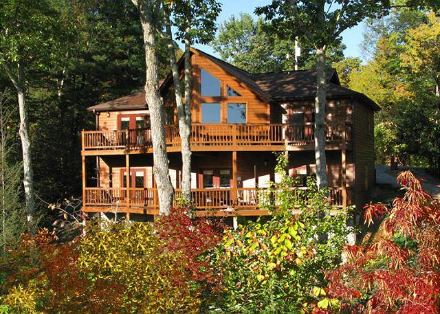 Welcome to Silver Fox Lodge - Silver Fox Lodge   Near Downtown Private Game Room Hot Tub Free Nights - Gatlinburg - rentals