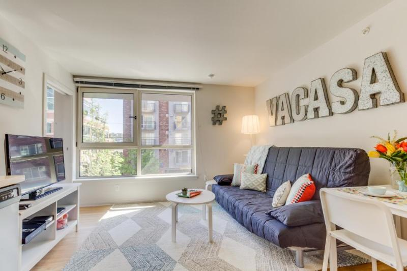 Modern, dog-friendly condo w/ shared game room, gym, & movie theater! - Image 1 - Seattle - rentals