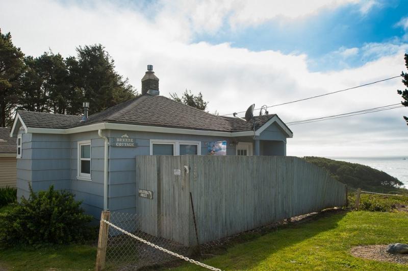 Breeze Cottage ~ RA5783 - Image 1 - Depoe Bay - rentals