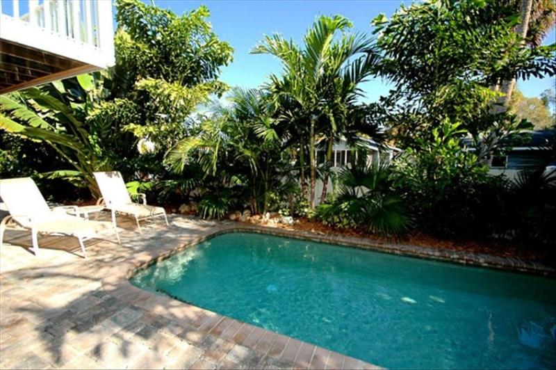 Heated Pool - SO CLOSE TO THE BEACH WITH HEATED POOL! - Holmes Beach - rentals