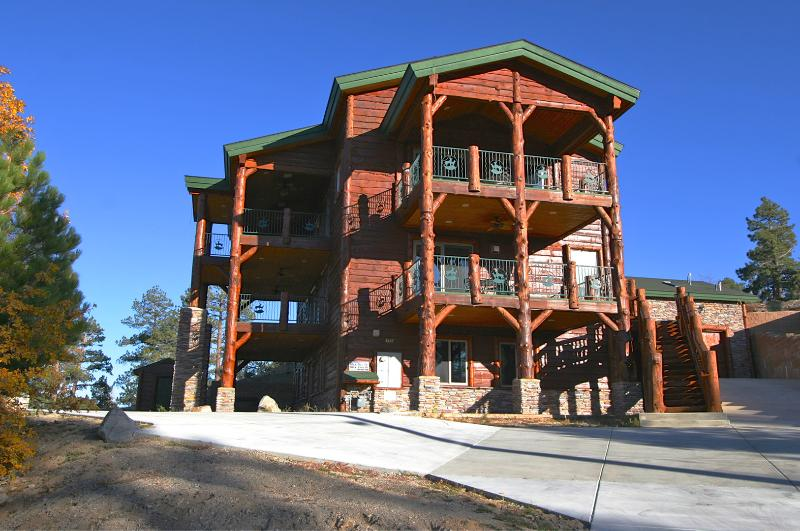 Lake Views from this stunning Estate! - Image 1 - Big Bear Lake - rentals