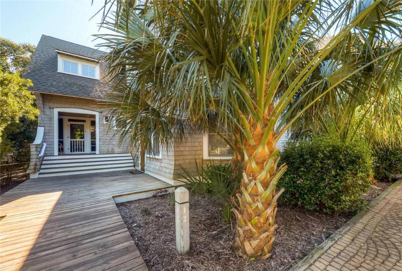 Sumner's Crescent 12 - Image 1 - Bald Head Island - rentals