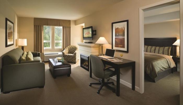 Squamish Executive Suites Perfect 1 Bedroom Condo - Image 1 - Squamish - rentals