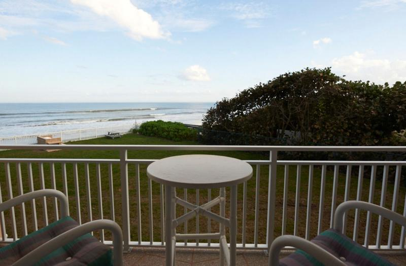 Private 2nd floor balcony with excellent view of the Ocesn - Gorgeous Oceanview Renovated Condo - Satellite Beach - rentals