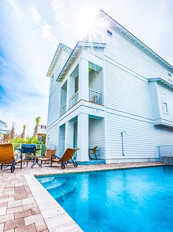 Welcome to Sea `N Stars Brand New Home as of March 2016 - 20% OFF 3/4-3/11: Pool/Hotub, Elevator, Near Beach - Destin - rentals