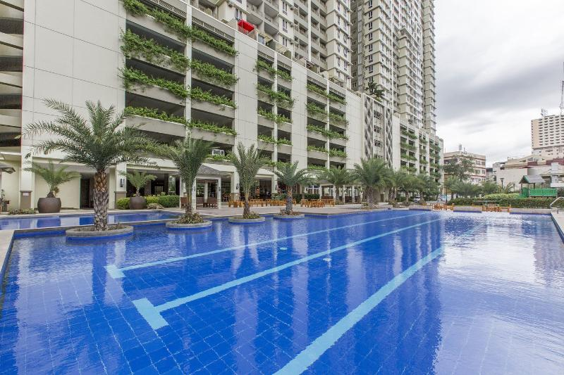 The Pool - Brand New, Luxurious Condo Near LRT and MOA - Manila - rentals