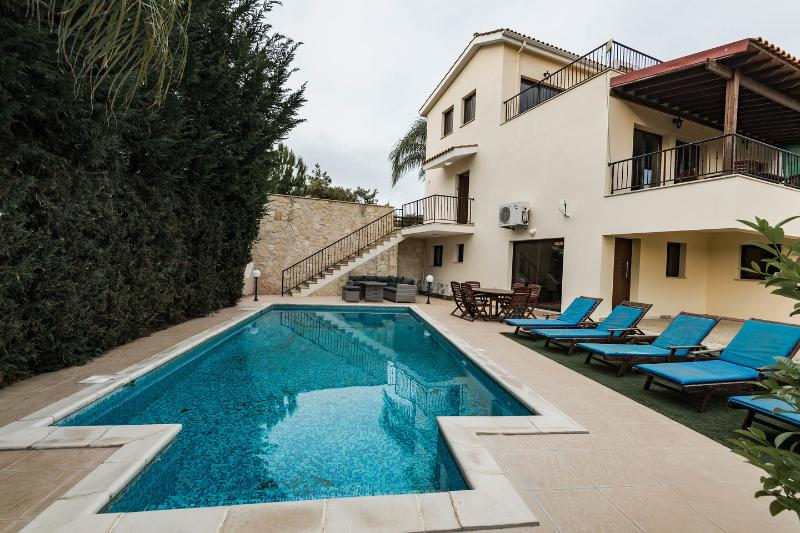 The Pool - Villa Vounos 5 en-suite Bedrooms & FREE CAR HIRE - Pissouri - rentals
