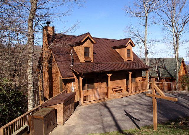 Luxury, log cabin style - Cherokee  Near Ober View Privacy King Beds WiFi Fireplace  Free Nights - Gatlinburg - rentals
