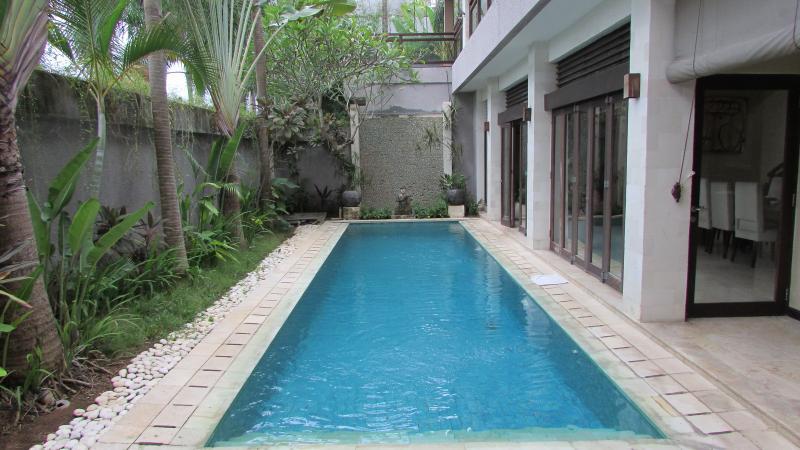Lima Puri Deluxe 3 bedrooms Villa, Near Beach - Image 1 - Seminyak - rentals