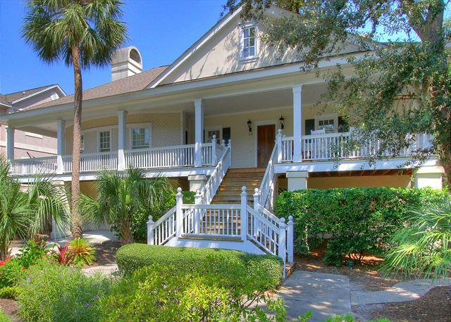 Exterior - 19 Egret St -Family Fun & 25 yards to the beach. - Hilton Head - rentals