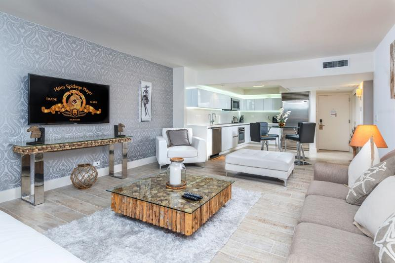 """""""Relax in the beautifully furnished spacious  living area , interior designed high end furniture"""" - Stunning ! 5*1br, Ocean View South Beach Residence - Miami Beach - rentals"""